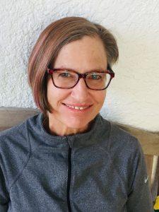 About Beth – BETH LAMBDIN